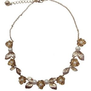 NWT Kate Spade Lavish Flowers Pearl Necklace